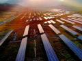 福建占地面积最大光伏发电站一期太阳能光伏板安装成功