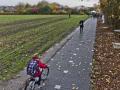 德国首条太阳能自行车道启用,年发电量可达12000度